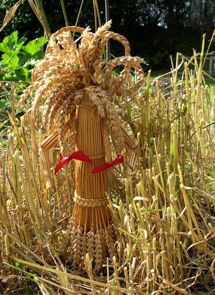 Straw Crafts outside the Museum this weekend