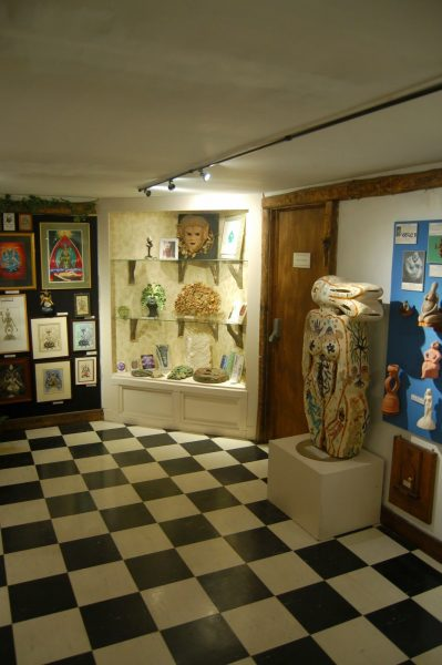 upstairs-gallery333